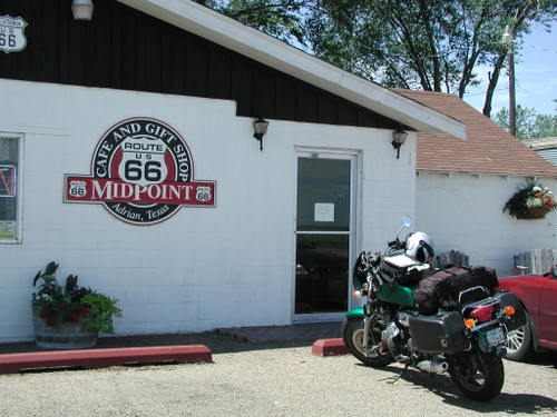 Midpoint Cafe: The Official Halfway Mark of Route 66
